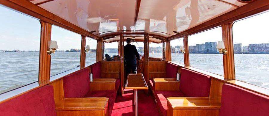 Saloonboat X